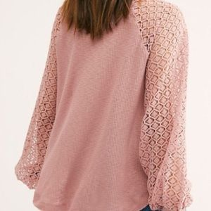 XS.Sweetest Thing Thermal Top.Long lace sleeves. Free People Blissful Blush